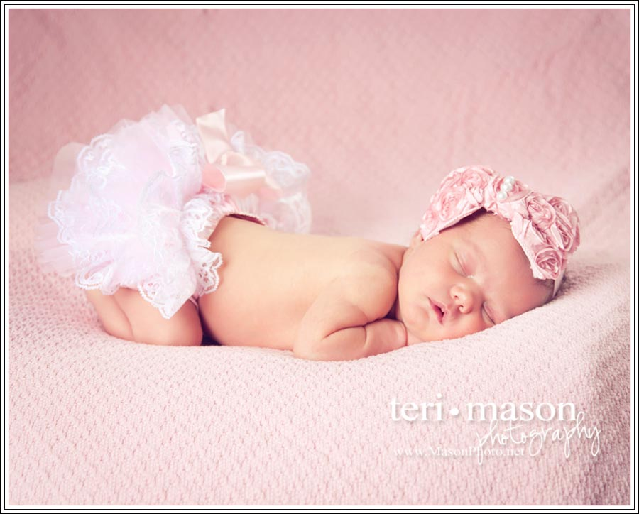 Austin-Georgetown-Newborn-Photographer_Payton
