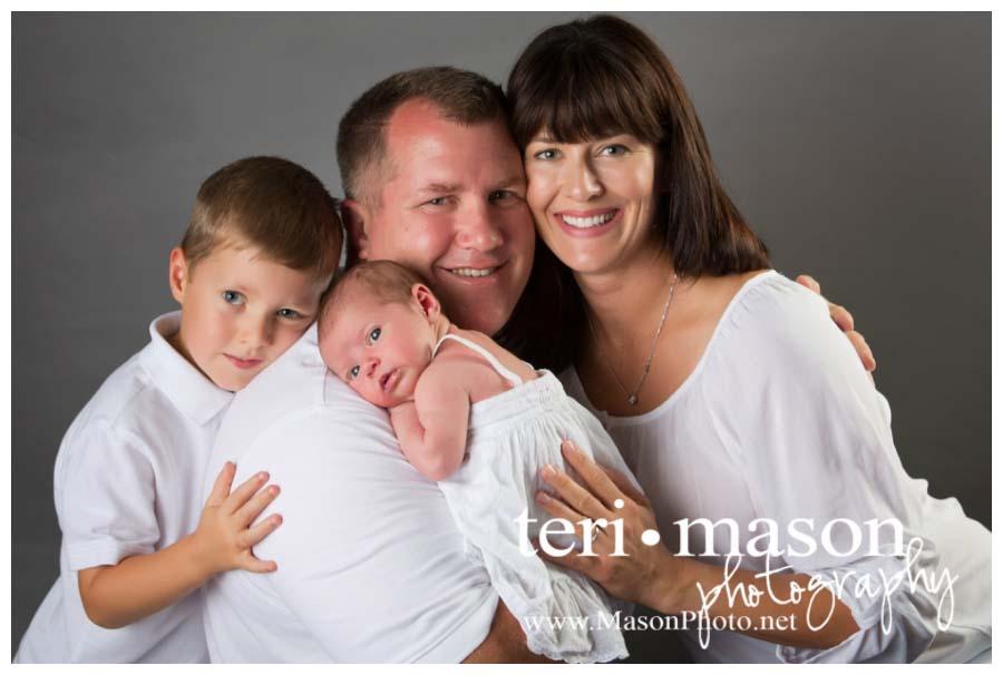 newborn family picture in Austin, TX